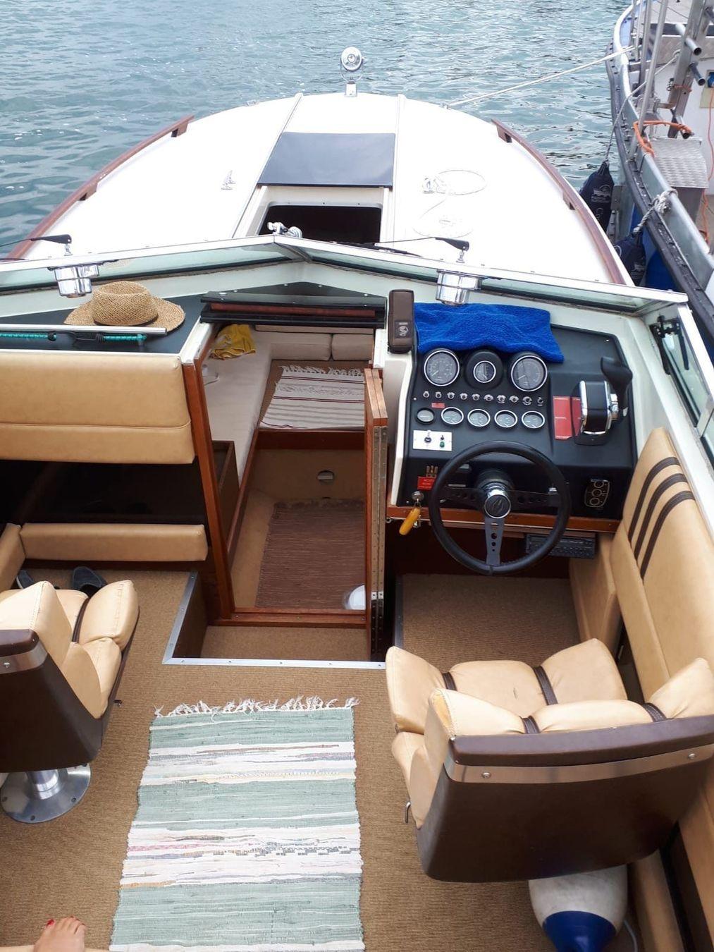 Boot5 Cockpit